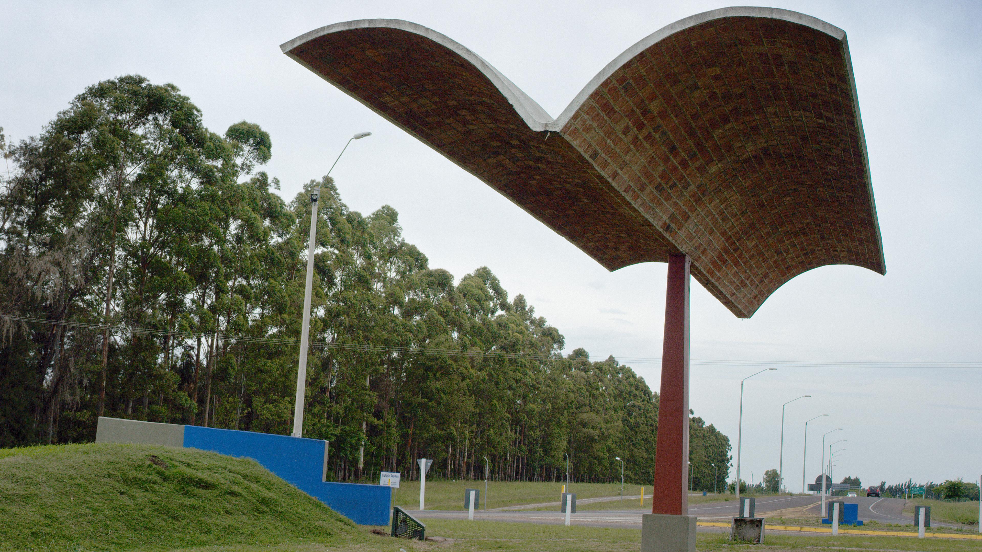 """Streetscapes: Dieste [Uruguay]"""