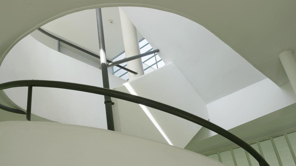 Le Corbusier [|||||] Asger Jorn [Relief] | Pym Films
